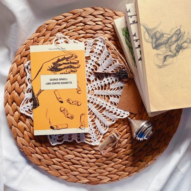 Libri contro sigarette